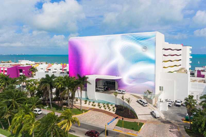 Street Side View of Temptation Cancun Resort