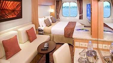 Oceanview Stateroom - 7