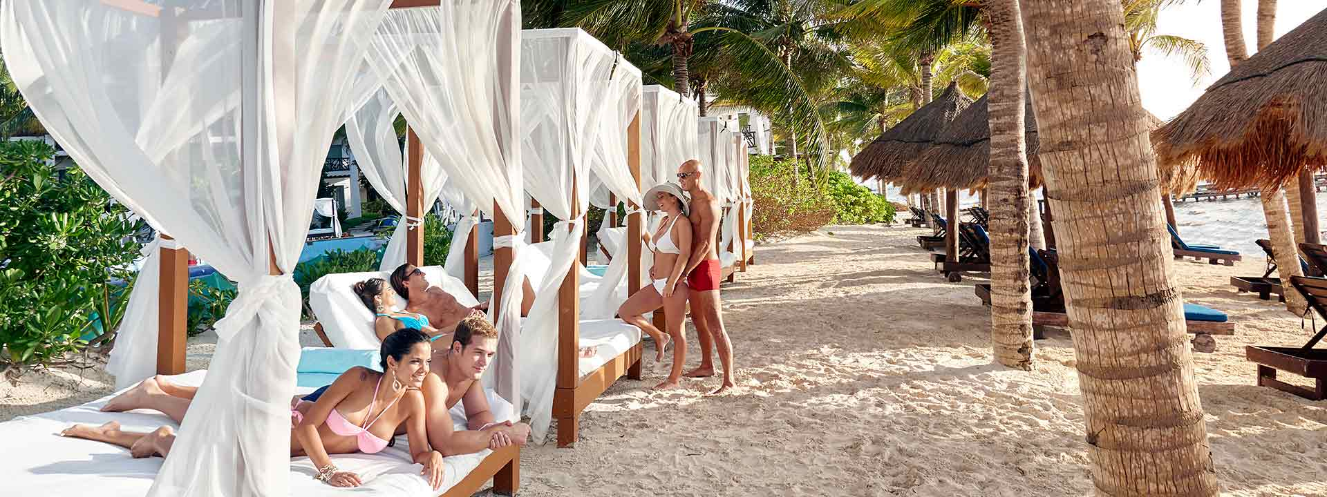 Desire Pearl Puerto Morelos Beach Beds
