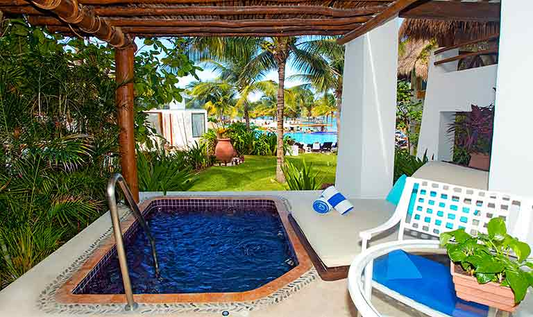 Master Suite Plunge Pool - Desire Pearl Puerto Morelos