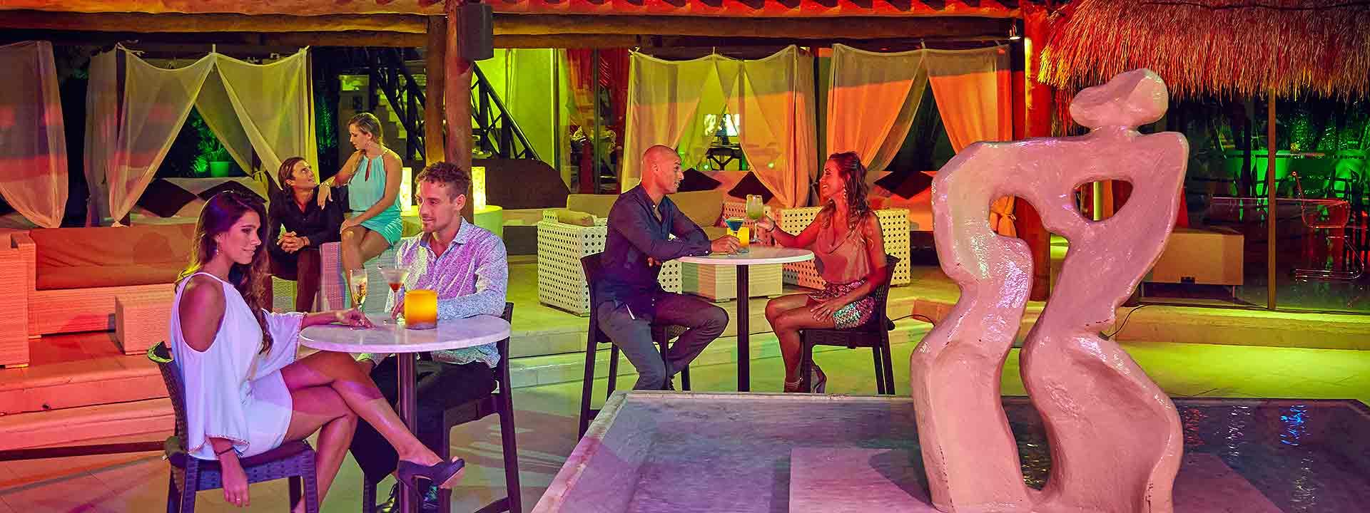 Desire Resort Riviera Maya Melange Lounge