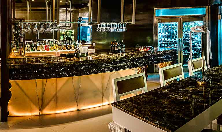 Sahló Cocktail Lounge at Desire Resort Riviera Maya
